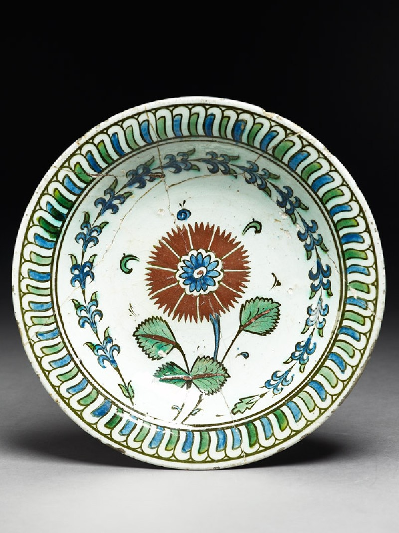 Dish with carnation
