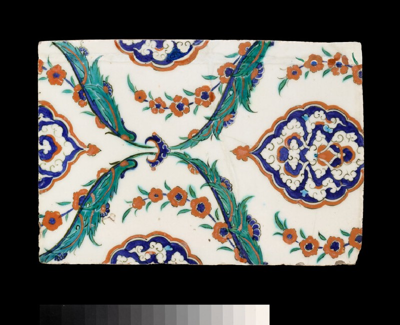 Tile with lobed medallions, hyacinths and saz leaves (EA1978.1524)
