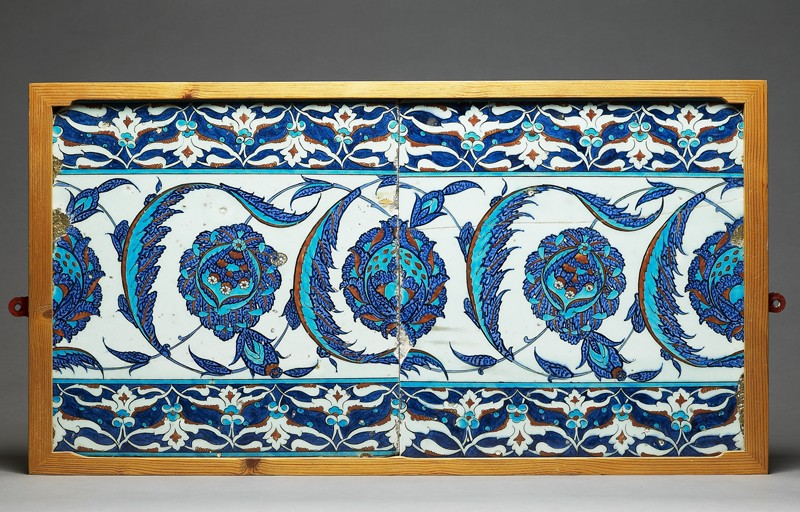 Tile decorated with peonies and serrated leaves (EA1978.1529, front, with EA1978.1528             )