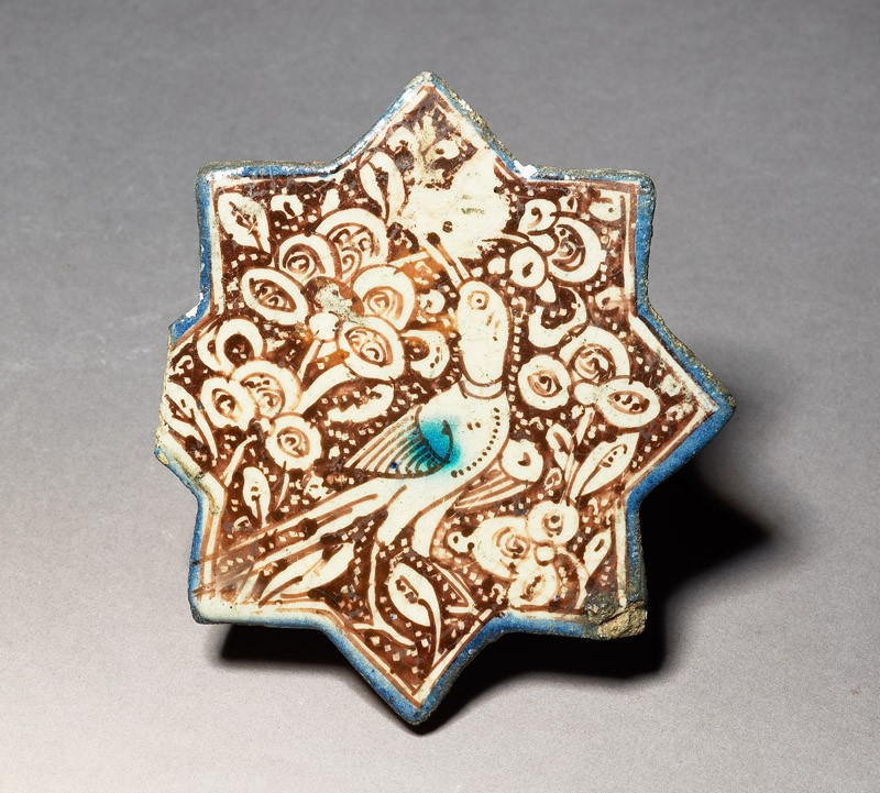 Star tile with bird amid foliage (EA1978.1573, top             )