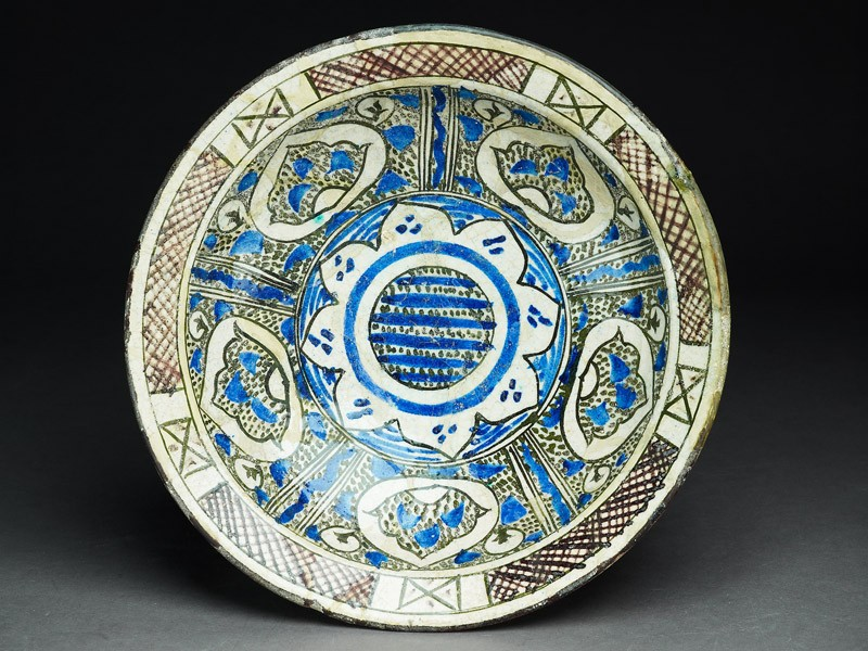 Bowl with vegetal decoration (EA1978.1611, top             )