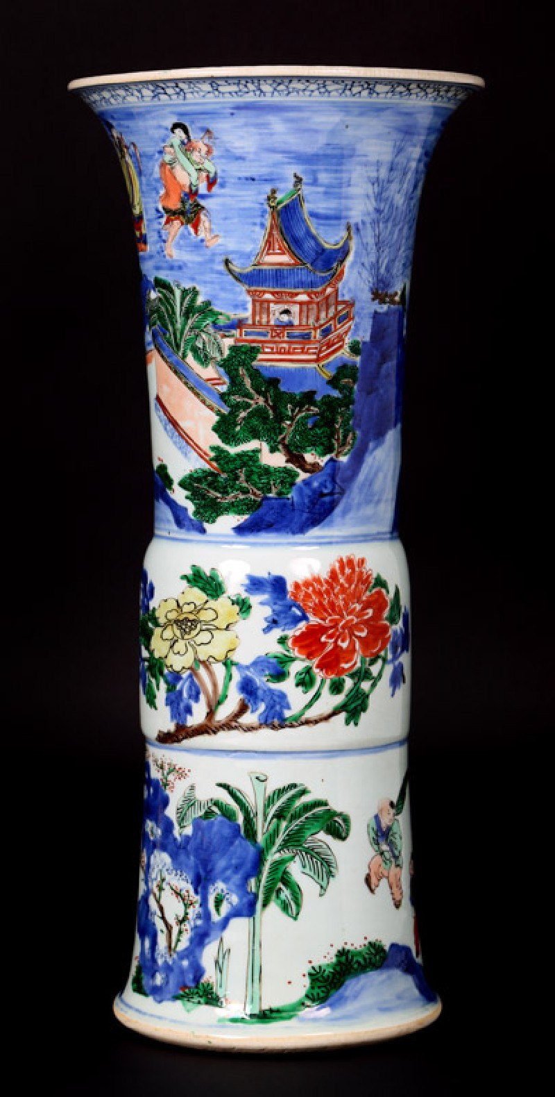 Beaker vase with flowers and figures in boats (front             )