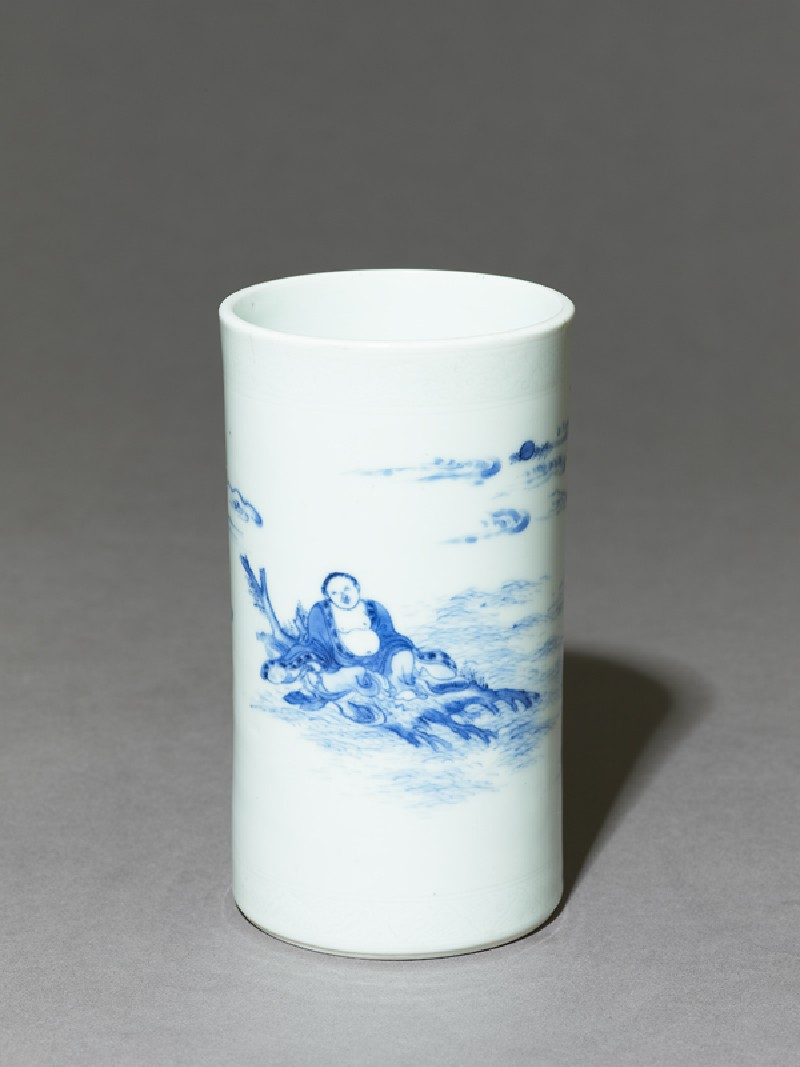 Blue-and-white brush pot depicting the immortal Zhang Qian