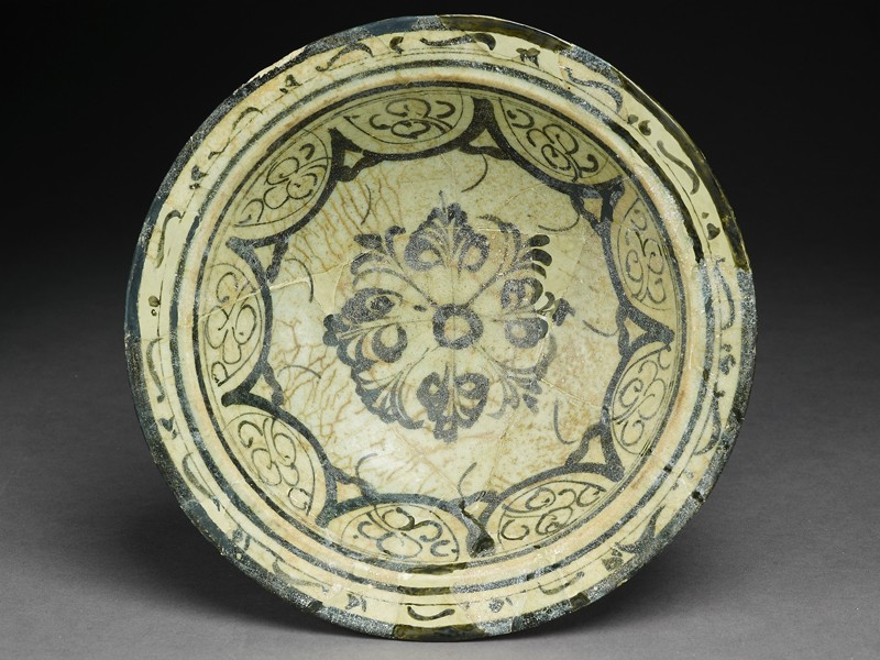Bowl with floral patterning (EA1978.2193, top             )