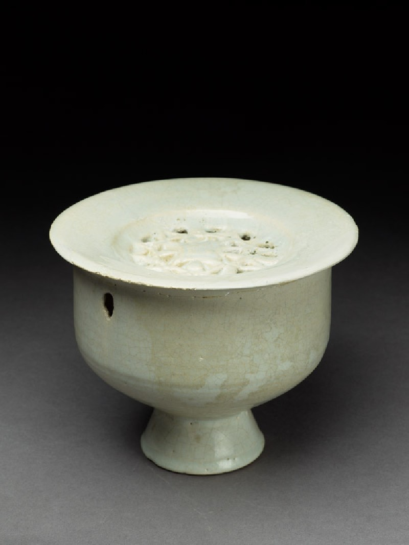 Vessel with pierced lid, possibly an incense burner (EA1978.2229, oblique             )