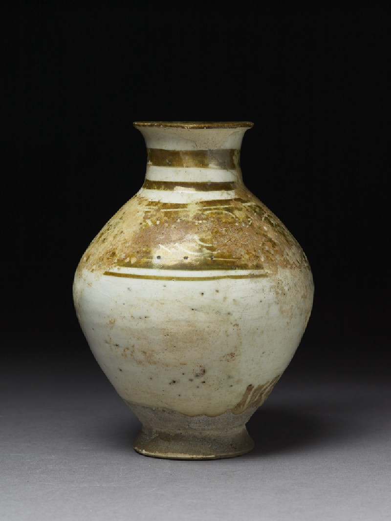 Jar with incised lustre band