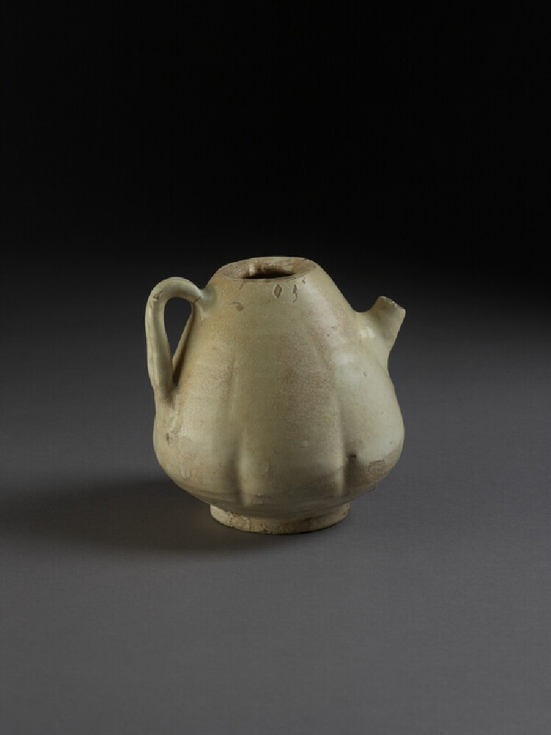Song, Cizhou type glazed and slipped ewer, short spout, handle, lid missing. 11-12C