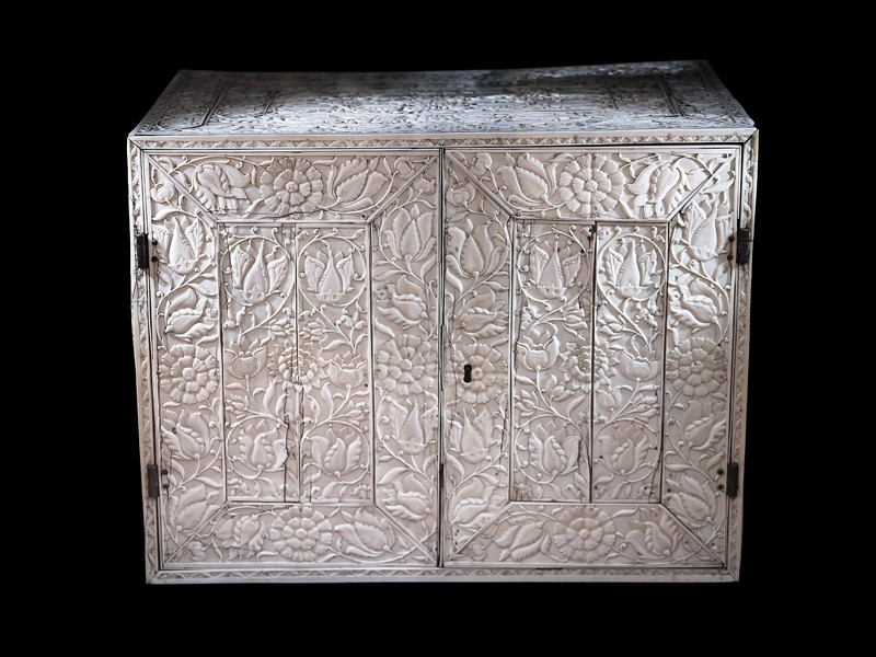 Ivory cabinet with floral decoration (EA1981.47, oblique           )