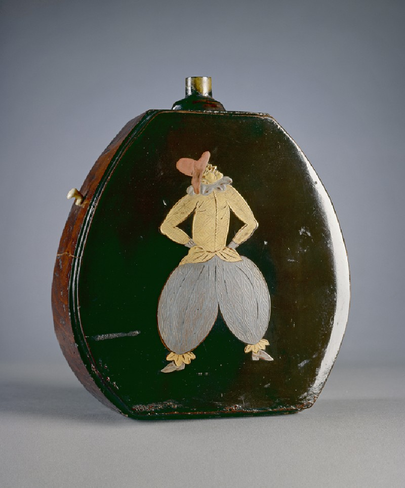 Gunpowder flask with figures in Portuguese dress (EA1983.243, oblique            )