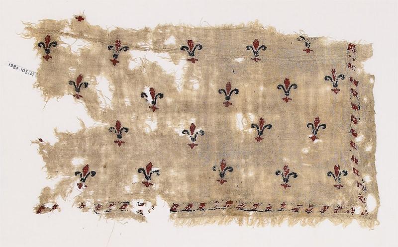 Textile fragment with fleurs-de-lys (front              )