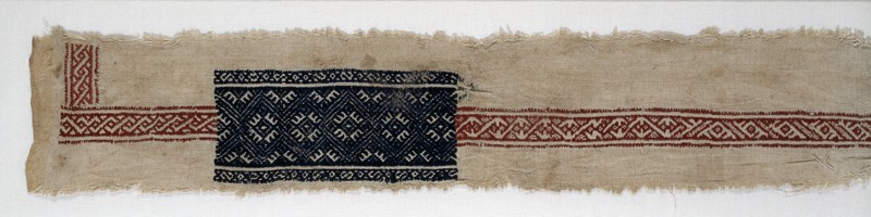 Textile fragment with interlace and diamond-shapes