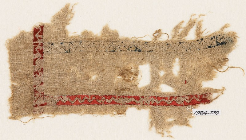 Textile fragment with zigzags
