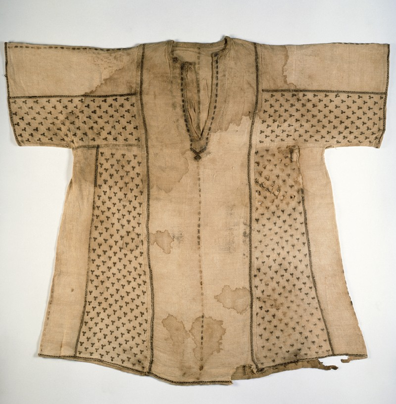 Child's tunic with bands of Y-shapes