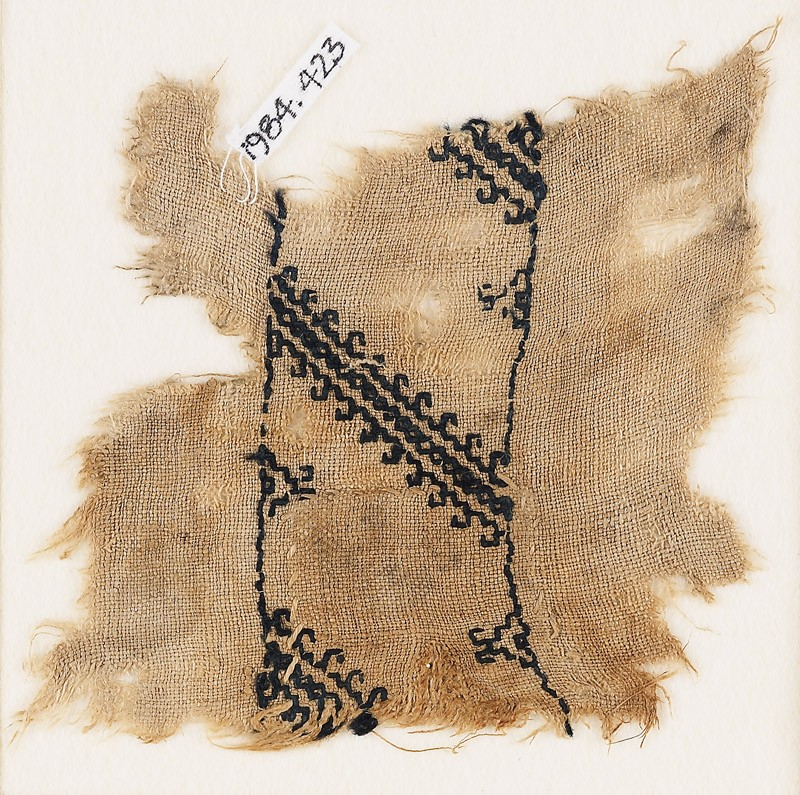 Textile fragment with diagonal lines with hook borders (EA1984.423, front            )