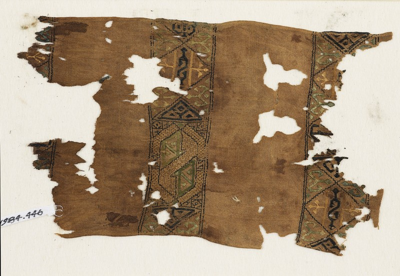 Textile fragment with squares and hexagons (front            )