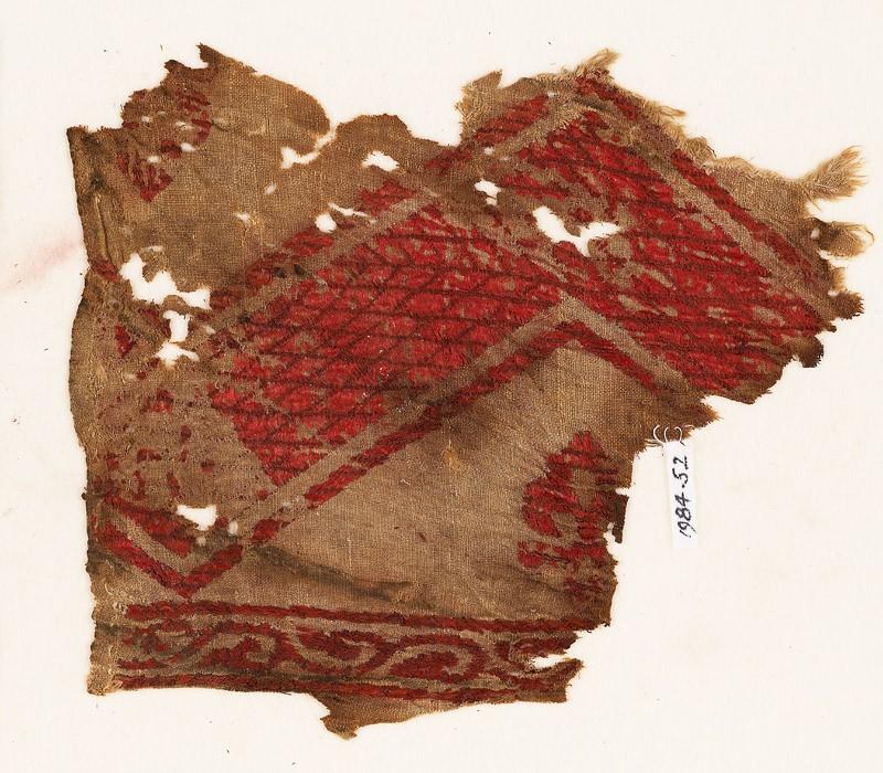 Textile fragment with chevron, fleur-de-lys, and vine (EA1984.52, front           )