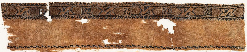 Textile fragment with band of Z-shapes and squares (EA1984.521.a, front              )