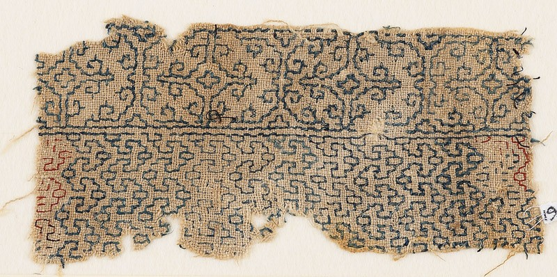Textile fragment with interlacing chevrons and Maltese crosses (front            )