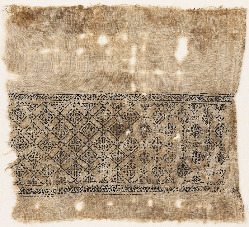 Textile fragment with grid of squares linked by diamond-shapes (EA1984.546, front            )