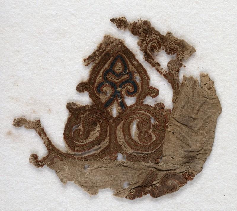 Textile fragment with palmette