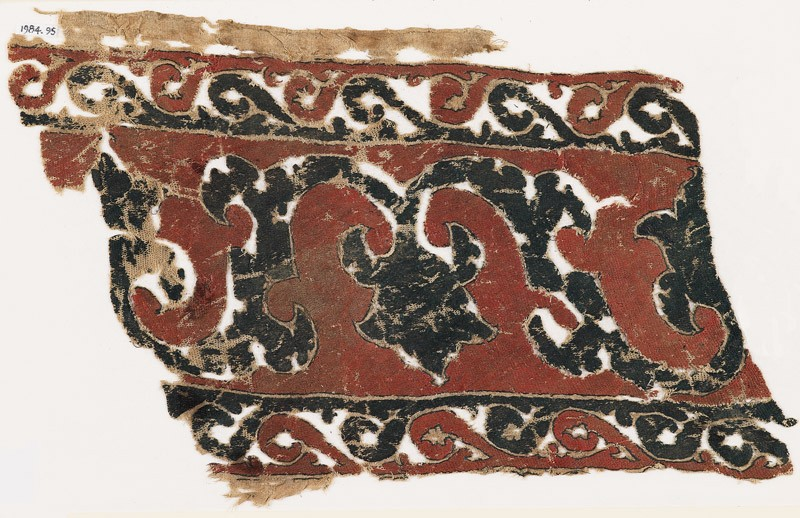 Textile fragment with vine, tendrils, and trefoils