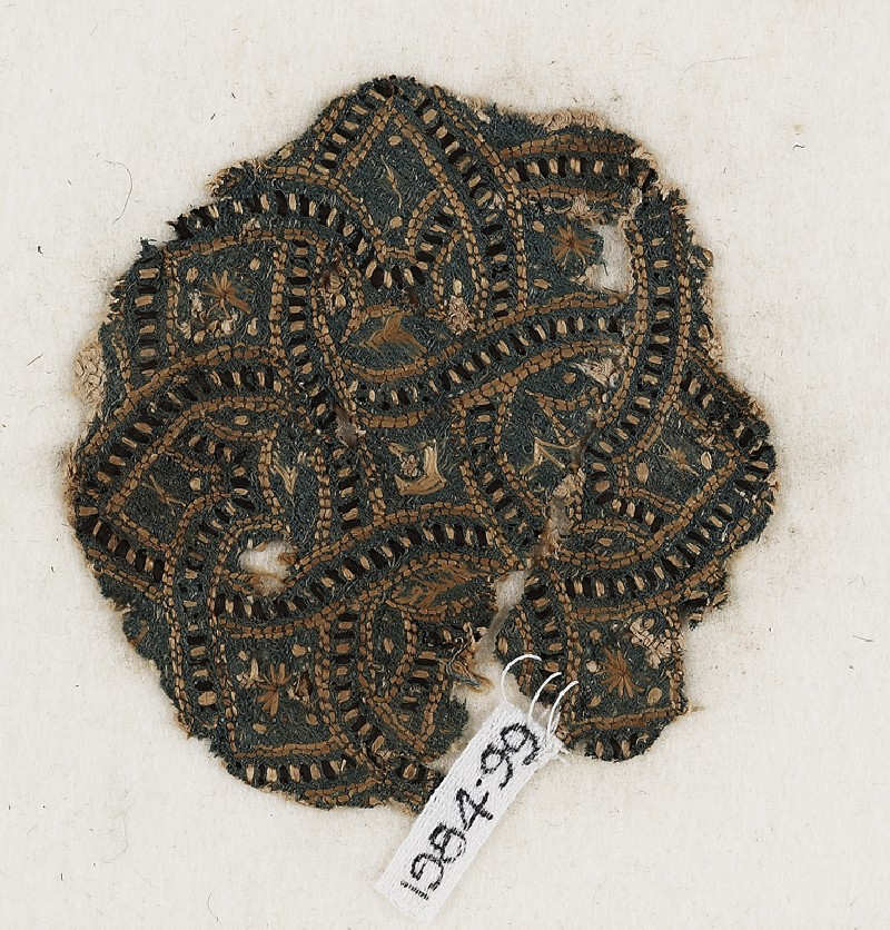 Roundel textile fragment with interlace (EA1984.99, front           )
