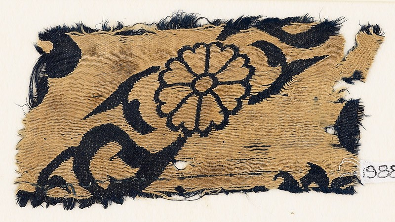 Textile fragment with flowers and leaves (EA1988.69, front           )