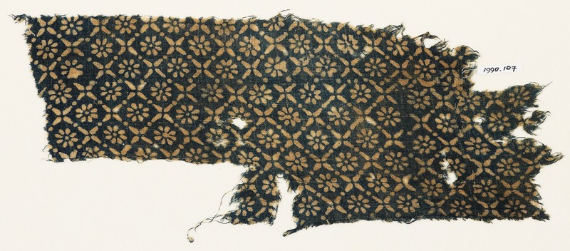 Textile fragment with flowers, dots, and rosettes (EA1990.107, front            )