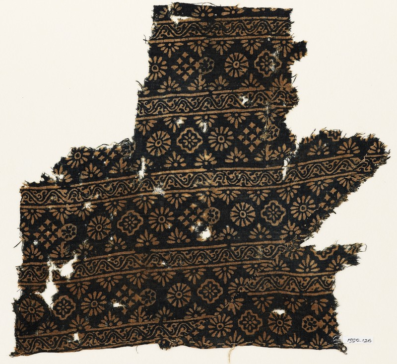 Textile fragment with rosettes, carnations, diamond-shapes, and crosses