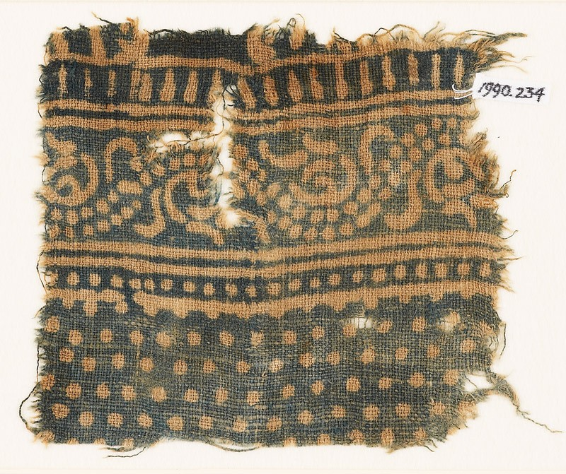 Textile fragment with dotted vine (EA1990.234, front            )