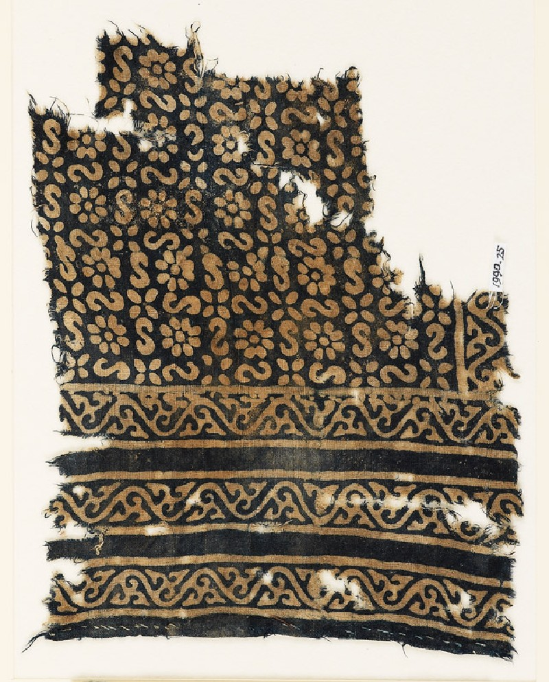 Textile fragment with S-shapes, rosettes, and flowers (EA1990.25, front           )