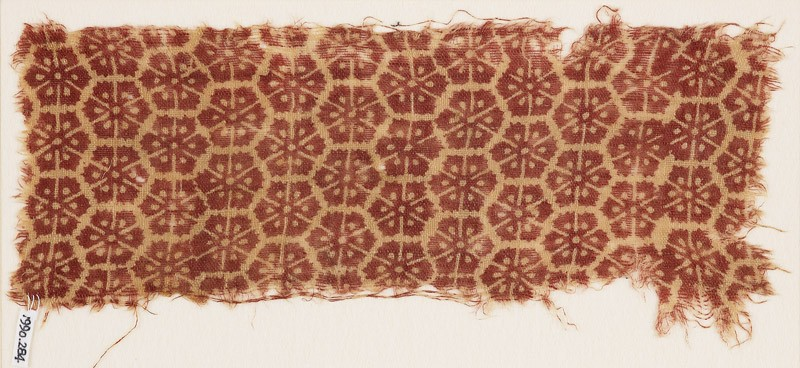 Textile fragment with carnations (front            )