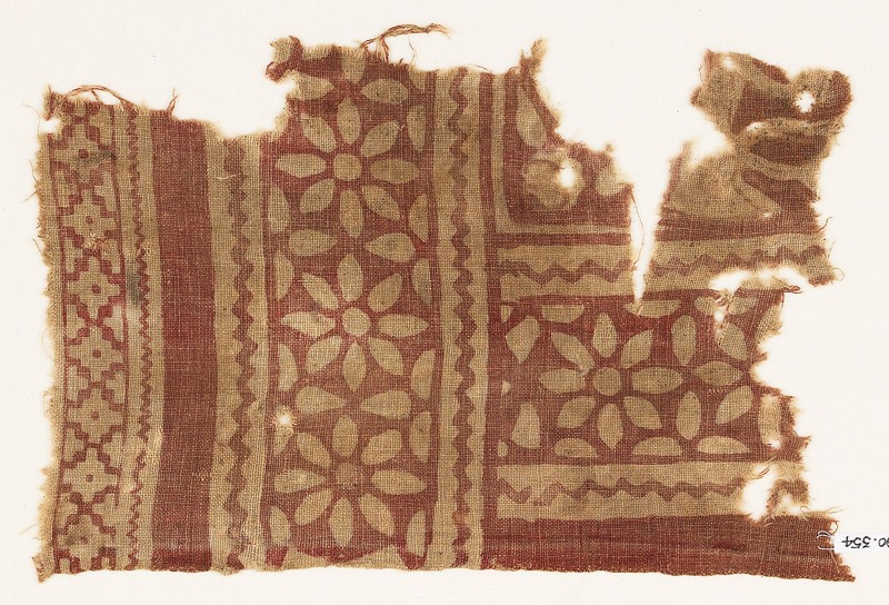 Textile fragment with rosettes and petals (EA1990.354, front            )