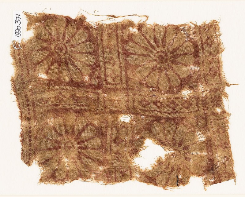 Textile fragment with rosettes in a grid (EA1990.371, front            )
