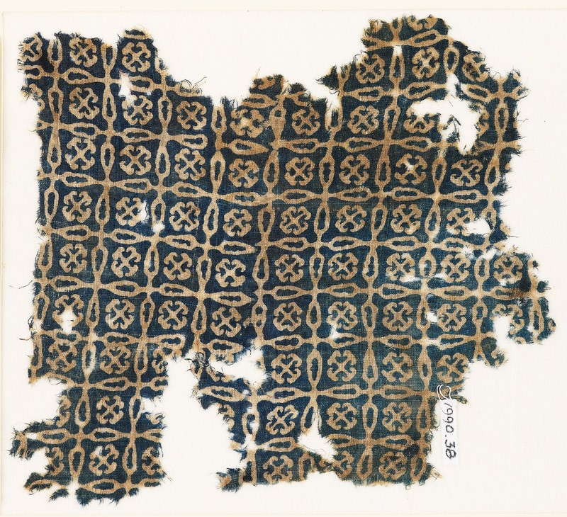 Textile fragment with linked crosses and Maltese crosses (EA1990.38, front           )