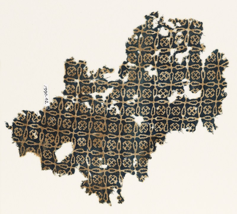Textile fragment with linked crosses and Maltese crosses (EA1990.42, front           )