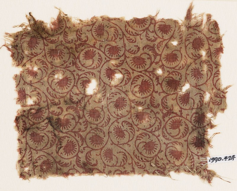 Textile fragment with tendrils, leaves, and flower-heads (front            )