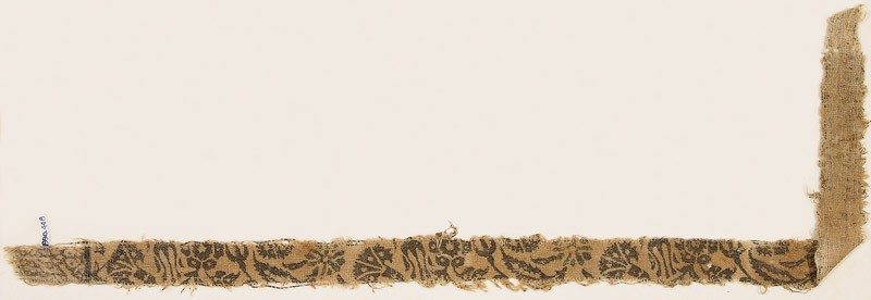 Textile fragment with leaves, carnations, and round flower-heads (EA1990.448, front            )