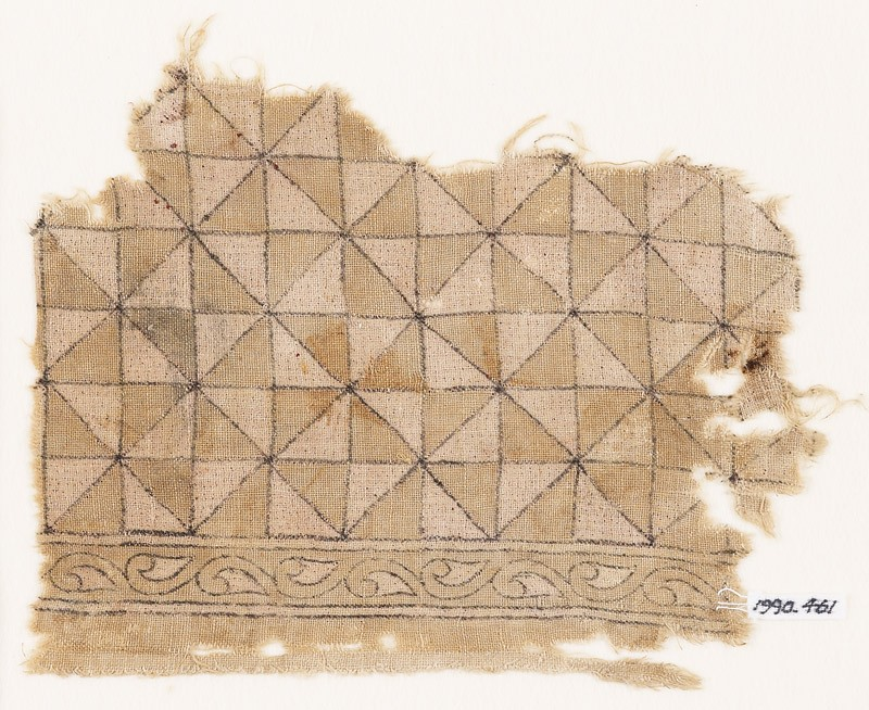 Textile fragment with triangles forming squares (front            )