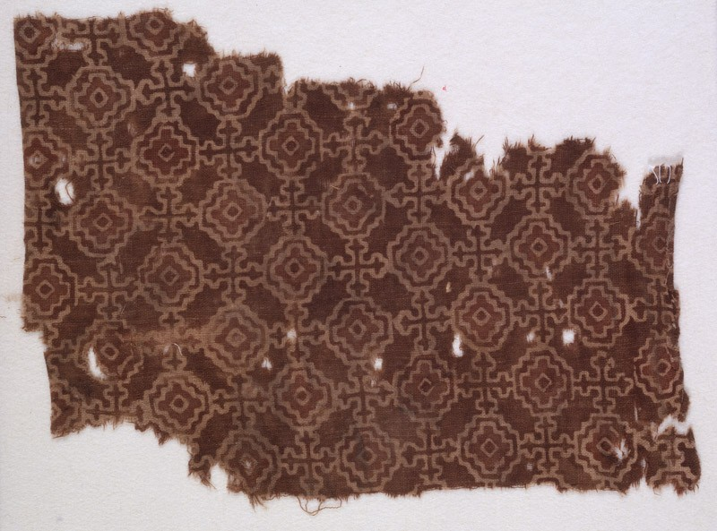 Textile fragment with stepped squares, linked by Maltese crosses (EA1990.480, front            )