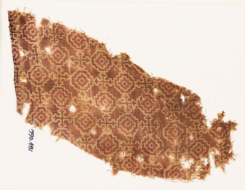 Textile fragment with stepped squares, linked by Maltese crosses