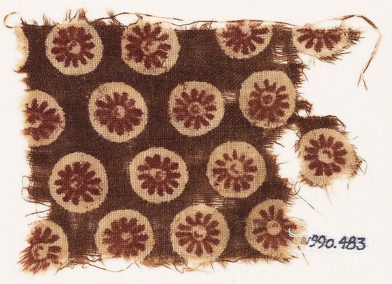 Textile fragment with rosettes in circles (EA1990.483, front            )