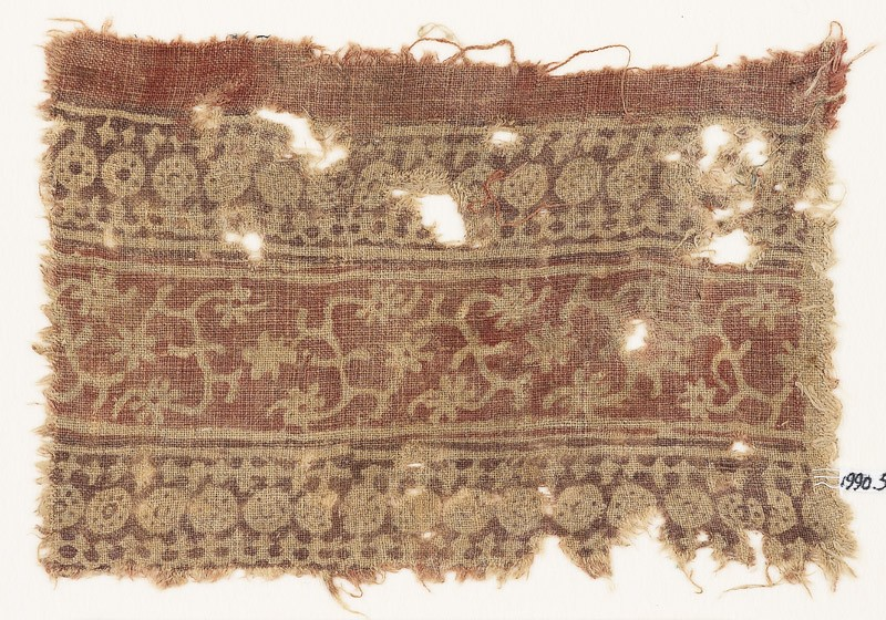 Textile fragment with bands of circles, arches, stars, tendrils, and rosettes (EA1990.595, front            )