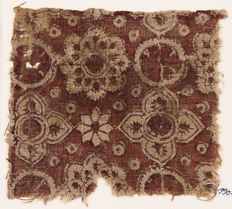 Textile fragment with rosettes, circles, and quatrefoils
