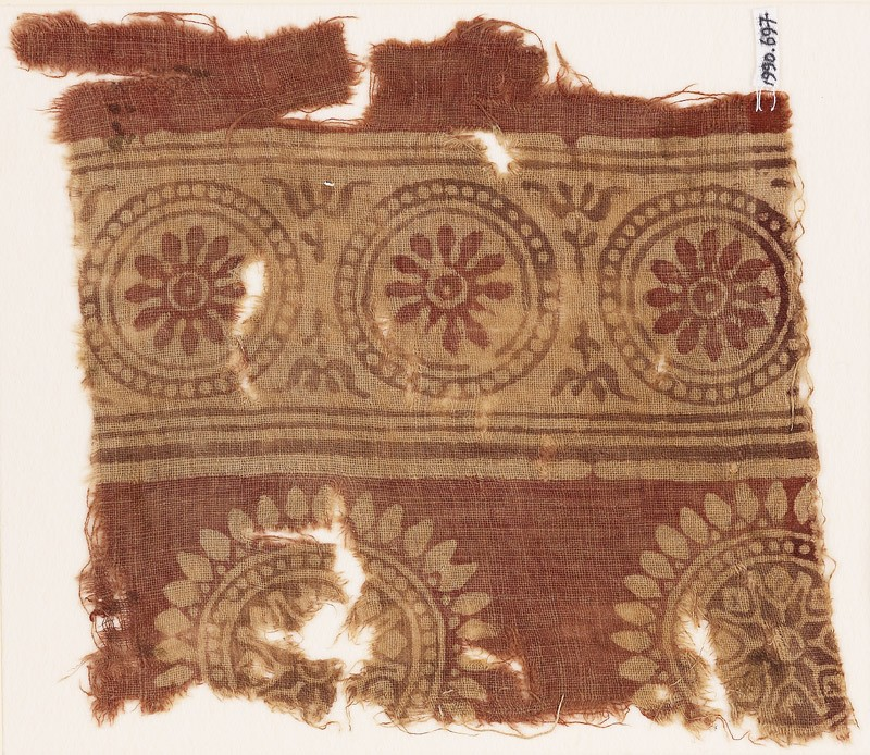 Textile fragment with rosettes in dotted circles (EA1990.697, front            )