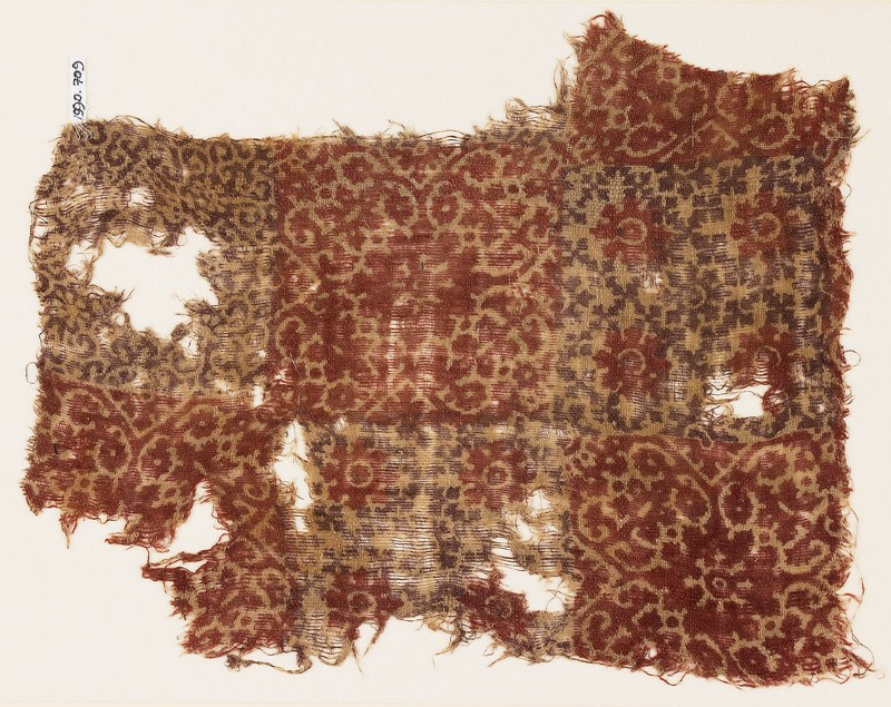 Textile fragment with quatrefoils, linked crosses, and rosettes (EA1990.709, front            )