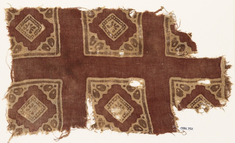 Textile fragment with squares and rosettes (EA1990.732, front            )