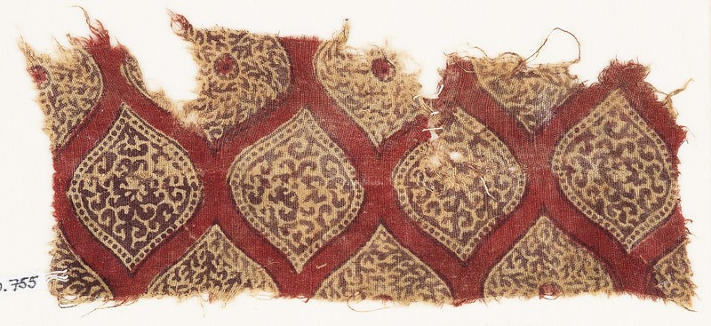 Textile fragment with pointed ovals (front            )