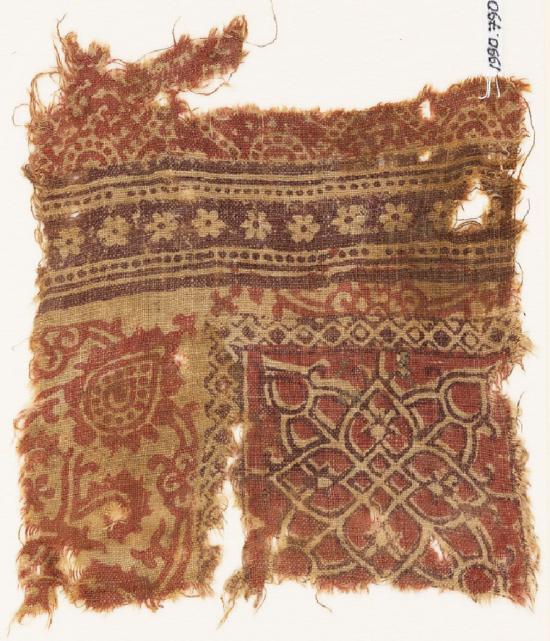 Textile fragment with interlace, floral pattern, and rosettes (EA1990.790, front            )