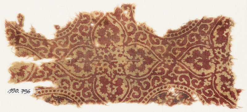 Textile fragment with quatrefoils and tendrils (EA1990.796, front            )